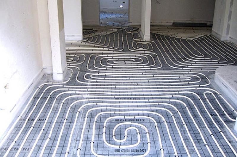 Impianti di riscaldamento a pannelli radianti sotto il pavimento